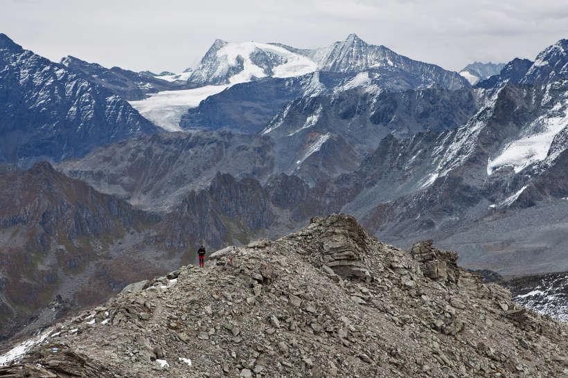 Aufstieg von der Cabane Brunet zum Mont Rogneux. Glacier du Giétro, Mont Blanc de Cheilon, La Ruinette