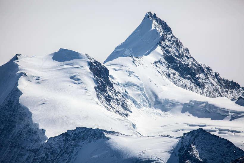 Punta Burnaby, Bishorn (4153 m), Grand Gendarme und Weisshorn (4505 m) mit Turtmanngletscher