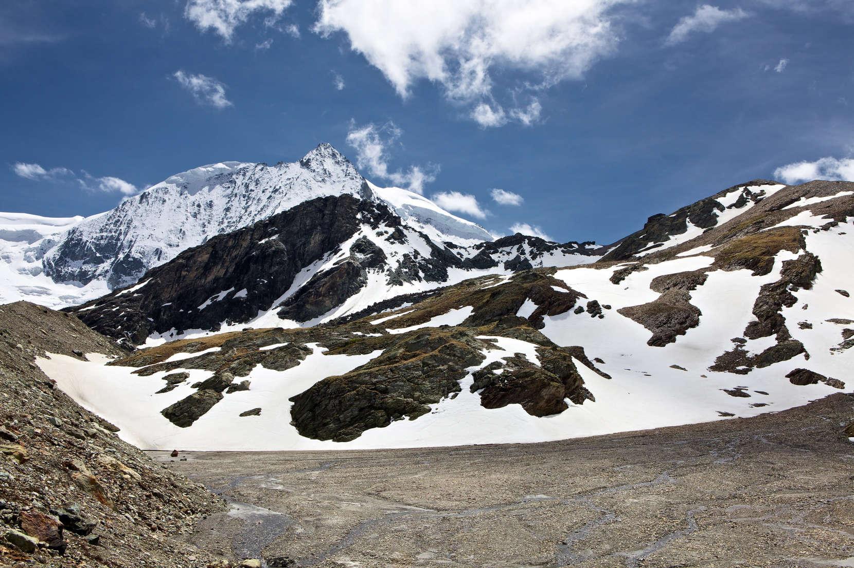 Val des Dix: Glacier de Cheilon, Mont Blanc de Cheilon, Tete Noire, Glacier du Giétro