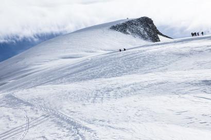 Gipfel des Allalinhorns vom Feejoch.