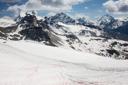 Le Toûno - Panorama: Punta Burnaby, Bishorn, Stierberg, Weisshorn, Turtmanngletscher, Le Boudri; Les Diablons; Besso; Matterhorn; Pointe de Zinal; Dent Blanche; Grand Cornier