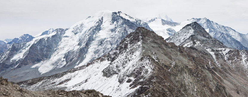 Panorama vom Mont Rogneux (nach Süden): Tournelon Blanc, Les Follats, Petit Combin, Grand Laget, Grand Combin, Combin de Boveire, Point de Boveire, Le Ritord