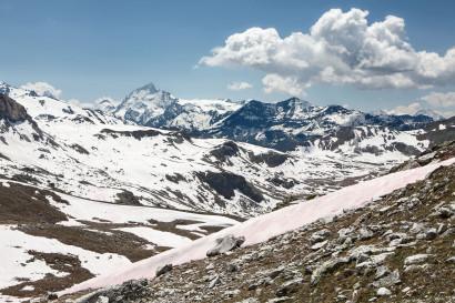 Panorama Le Toûno: Matterhorn, Pointe de Zinal, Dent Blanche; Grand Cornier; Pigne d´Arolla; La Serpentine; Sasseneire; Becs de Bosson, Bec de Nava, La Serpentine, La Ruinette, Grand Combin