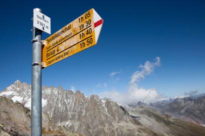 Wegweiser auf dem Gipfel des Sparrhorn, Gross Fusshorn, Rotstock, Fusshörner