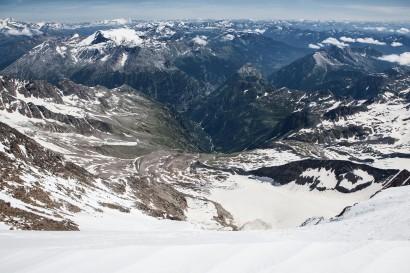 Weissmies Gipfel: Panorama nach Osten: Finsteraarhorn, Wasenhorn, Monte Leone, Pizzo Fne, Wammischhörner, Seehorn, Camoscellahorn