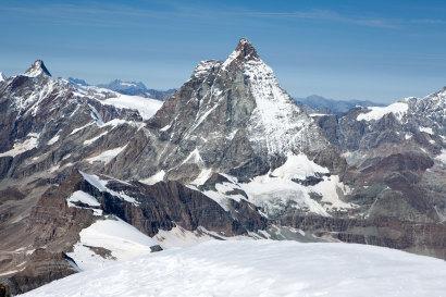 Dent d'Hérens (4171m), Furggen (3492m), Matterhorn (4478m)