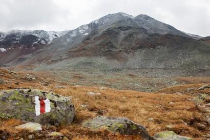 Dreizehntenhorn (3052 m) mit Augstbordgrat vom Seefeld