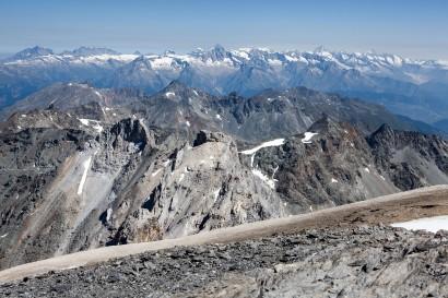 22-panorama-nach-nord-mit-berner-alpen.jpg