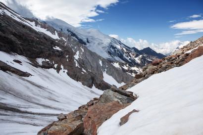 Rückblick im Anstieg zum Westgrat des Lagginhorn mit Weissmies