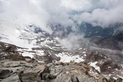 25_Lagginhorn-Panorama-in-Wolken.jpg
