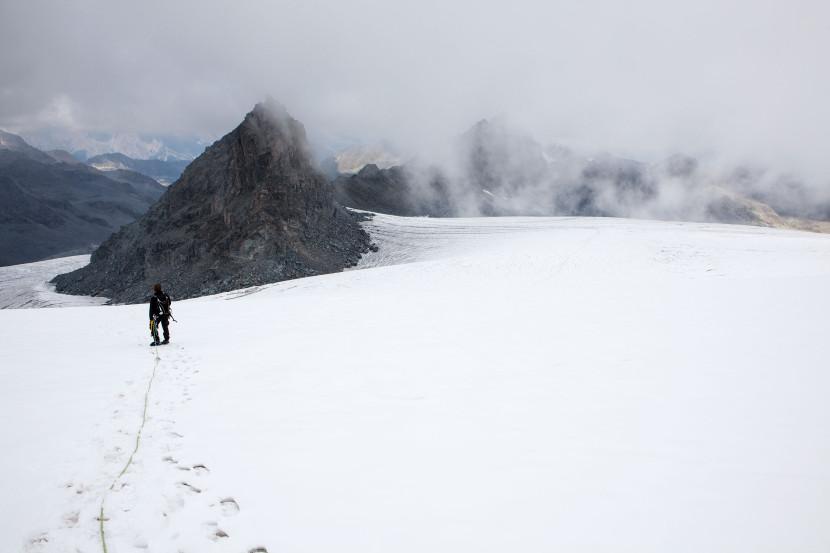 31_Glacier-de-Prafleuri-mit-Pointe-Mont-Calme.jpg