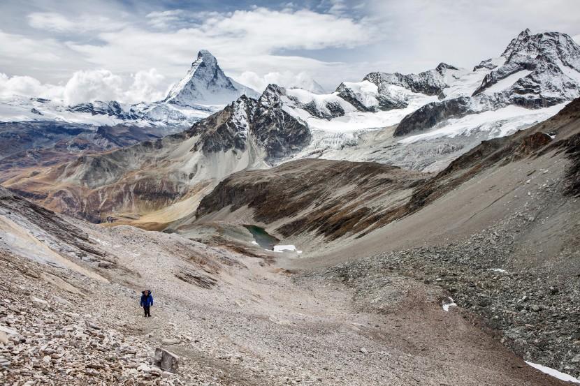 22_Panorama-von-Furggji-mit-Matterhorn.jpg