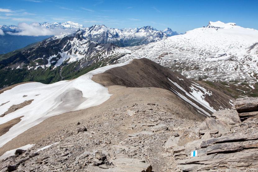 14-Arete-de-l-Arpille-Panorama-im-Anstieg-.jpg