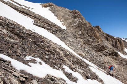 22-steile-Suedflanke-des-Arpelistock.jpg