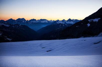 17-Berner-Alpen-im-ersten-Sonnenlicht.jpg