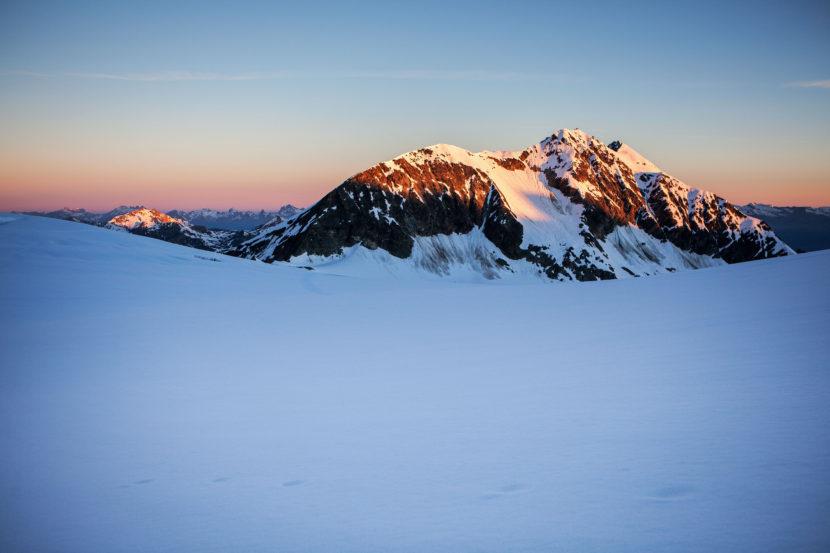 20-Alpengluehen-am-Les-Diablons-1.jpg