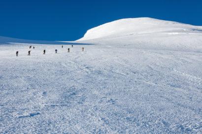 29-Nordwestflanke-Bishorn-mit-Bergsteigern.jpg