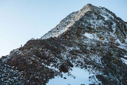 14-Bergsteiger-am-Pigne-de-la-Le.jpg