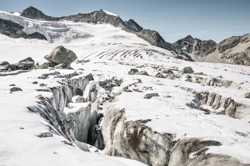 44-Glacier-de-Moiry-Gletscherspalten.jpg