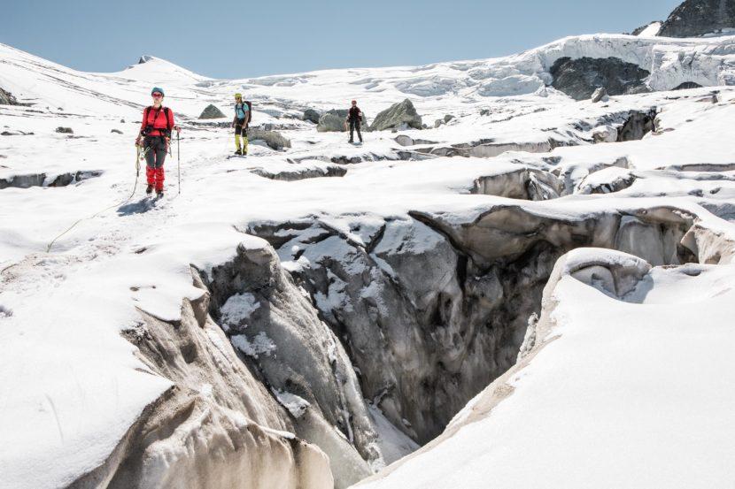 47-Gletscherspalten-Glacier-de-Moiry.jpg