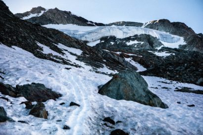 13-Anstieg-zum-Glacier-de-Moiry-mit-Pigne-de-la-Le.jpg