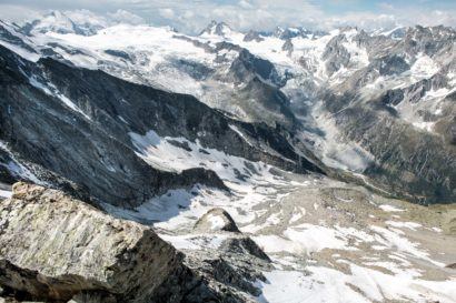 36-Panorama-West-und-Tiefblick-ins-obere-Val-dHerens.jpg