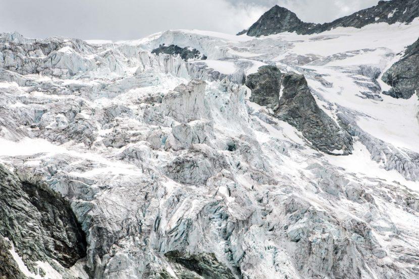 56-Glacier-de-Moiry-1.jpg